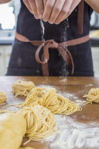 házi-teszta-keszites-Ankarsrum-spaghetti
